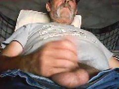 Old guy vidz unloading his  super hairy cock