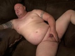 chubby tattooed vidz guy with  super pierced cock jacks off to porn