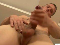 Andrew Kitt vidz Strokes Hard  super Cock