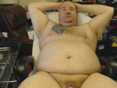 cute chubby vidz guy jerks  super off