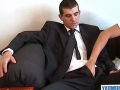Full video: vidz A innocent  super str8 guy gets serviced his big cock by a guy!