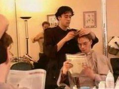 Barber Gets vidz a Handjob