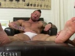 Lick his vidz own cum  super on feet gay [ www.feet33.com ] Hugh Hunter Worshiped