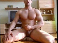 hairless muscle vidz guy cums  super on cam