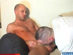 Full video: vidz A innocent  super str8 neighbour gets serviced his big cock by a guy!