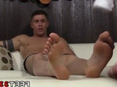 Skater feet vidz male gay  super porn Daddy Dev Worships Sebastian's Feet