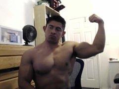 Huge Muscle vidz Rafa Flexes  super - JockMenLive.com