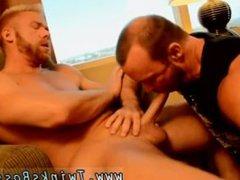 Free videos vidz of emos  super fucking emos and bendable boys gay porn The Boss Gets