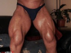 Huge, thick, vidz manly thighs  super JockMenLive.com