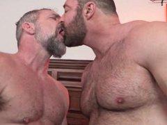 Beefy Bear vidz Brad Kalvo  super Fucks Hot Daddy Peter Rough
