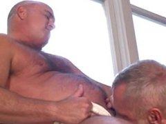 Muscular Daddy vidz Fuck in  super Locker Room