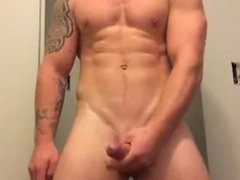 Hot bearded vidz guy shows  super off his ass and cock