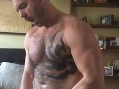 Hot Hairy vidz Muscle Daddy  super Cums for Me