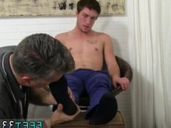 Porns boy vidz in america  super and pic emo porn gay Logan's Feet & Socks Worshiped