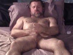 Hairy Daddy vidz Grunting and  super Cumming