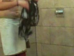 Hidden Shower vidz Guy 011