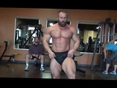 Muscle Marine vidz Bodybuilder Flexing