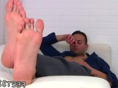 Secret boy vidz gay sex  super movie Spying On Ravi's Size 10 Feet & Socks