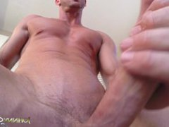 Porn Stud vidz Johnny Sins  super Jerks Off While Working Out