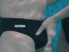 Pool Helping vidz Hand