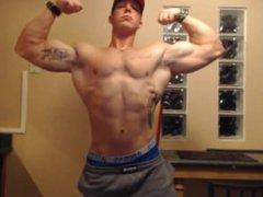 Teen bodybuilder vidz flex