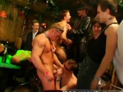 3gp free vidz gay sex  super video download The deals about to go down when Tony