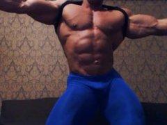 Dragos Milovich vidz muscle flexing