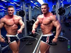 Dragos Milovich vidz posing in  super the Gym
