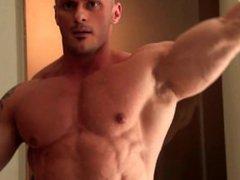 Dragos Milovich vidz posing