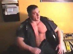 Cop Gets vidz Serviced
