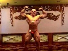 Posing at vidz weigh in  super 2016