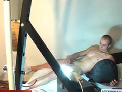 A nice vidz innocent str8  super guy serviced his big cock by a guy!