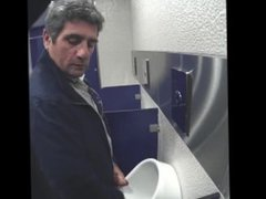 cruising in vidz toilet