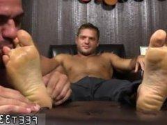 Big cock vidz man boy  super free gay porn Tyrell's Sexy Feet Worshiped