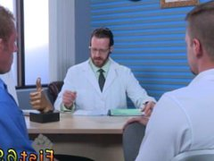 Male male vidz massages with  super happy endings tube gay Brian Bonds goes to Dr.