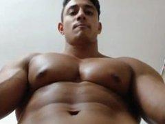 Bodybuilder Muscle vidz Cam Pec  super Bounce and Flexing