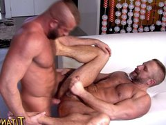 Showering muscle vidz gay jizz