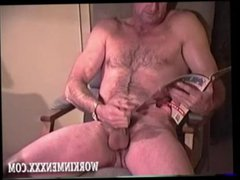 Homemade Video vidz of Mature  super Amateur Ray Jacking Off
