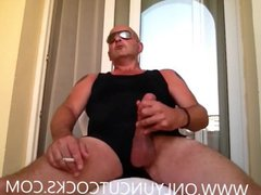 Masturbate On vidz The Balcony  super Of The Hotel