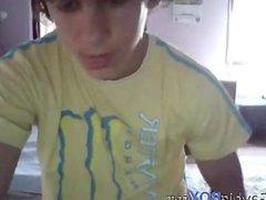 cute boy vidz in yellow  super shirt cam