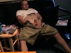Straight bear vidz wanking off  super to pleasure himself