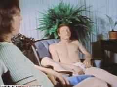 Sexy Redhead vidz Seduced in  super SCHOOLMATES 1 (1976)