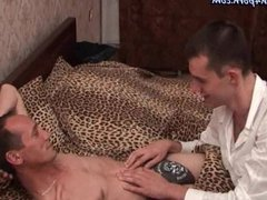 Old gay vidz gives blowjob  super in bedroom