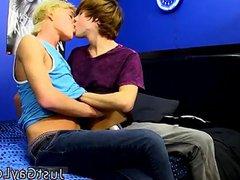 Emo gay vidz teens free  super Jeremy Sanders confesses