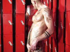 Harley Everett vidz - Locker  super Jock