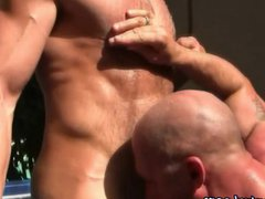 Muscly mature vidz bareback