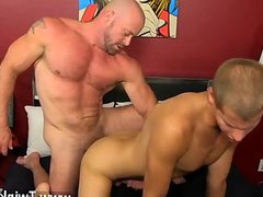 Gay riding vidz anal cum  super movie Muscled hunks