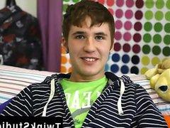 Male bodybuilder vidz teen naked  super Kain Lanning is