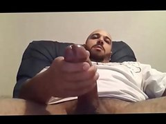 Thick Daddy vidz Masturbating