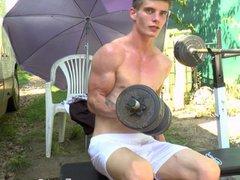 Outdoor Workout vidz - Flexing